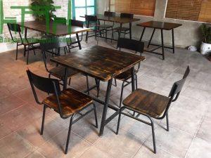 bàn ghế cafe khung sắt mặt gỗ