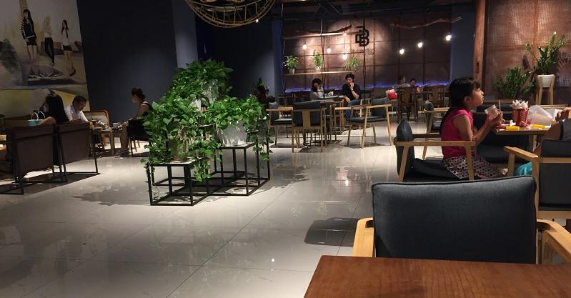 ban ghe nha hang cafe