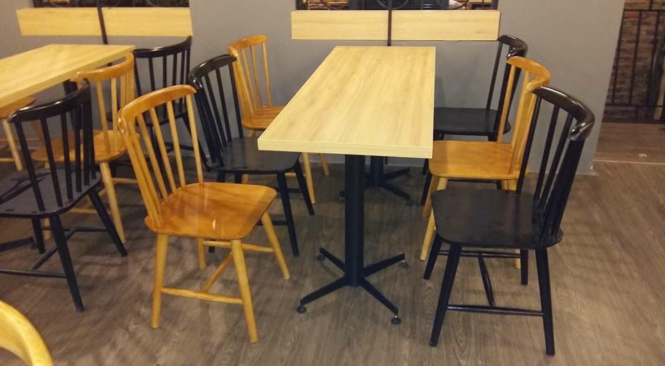 Bàn ghế gỗ nhà hàng Pinnstol