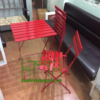 ban-ghe-cafe-ikea-ngoai-troi-1