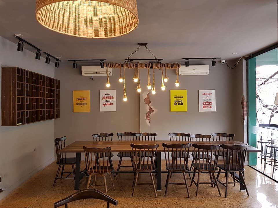 Ghế gỗ cafe mehico sơn màu hạt dẻ