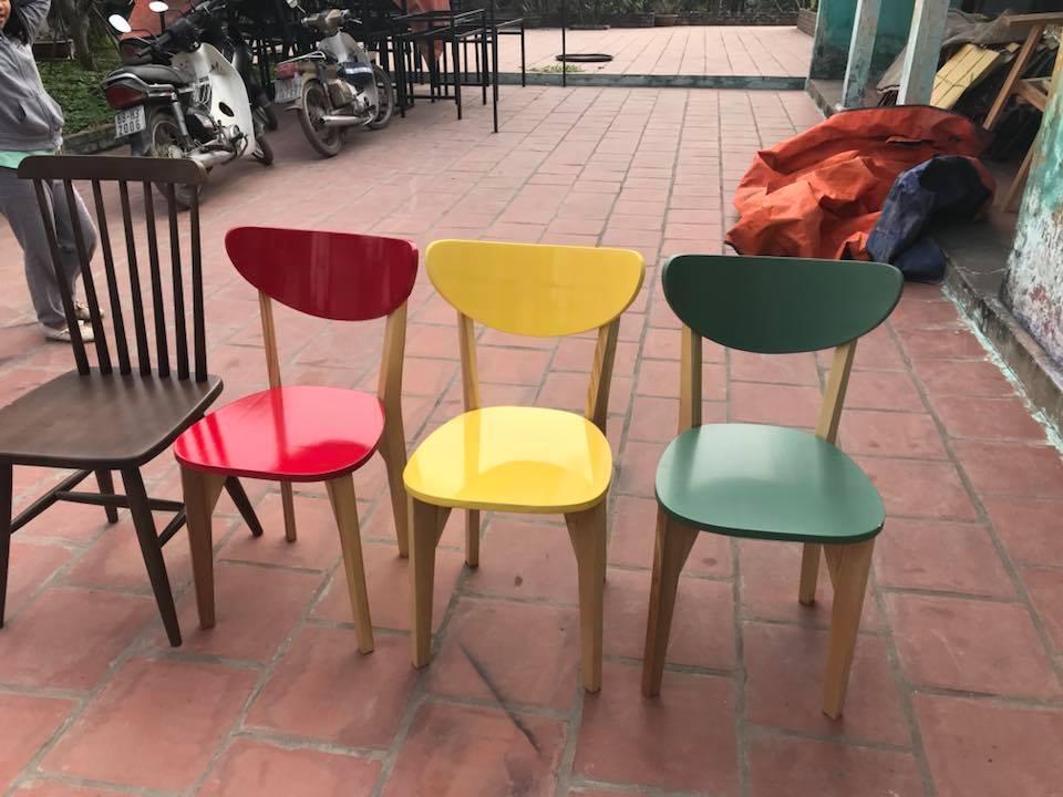 Bàn ghế gỗ cafe giá rẻ UMA