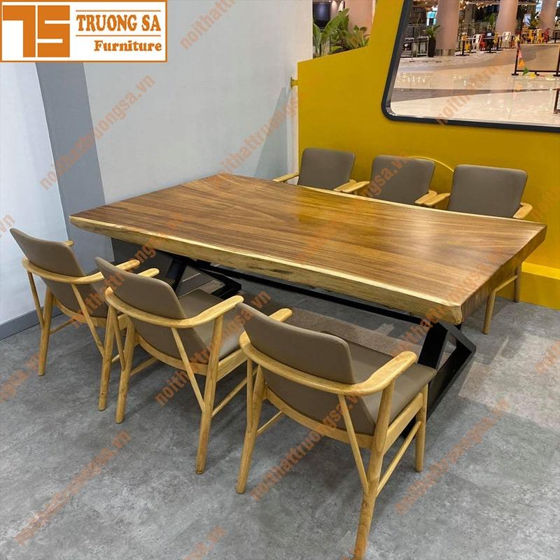 kích thước bàn ăn gỗ nguyên khối