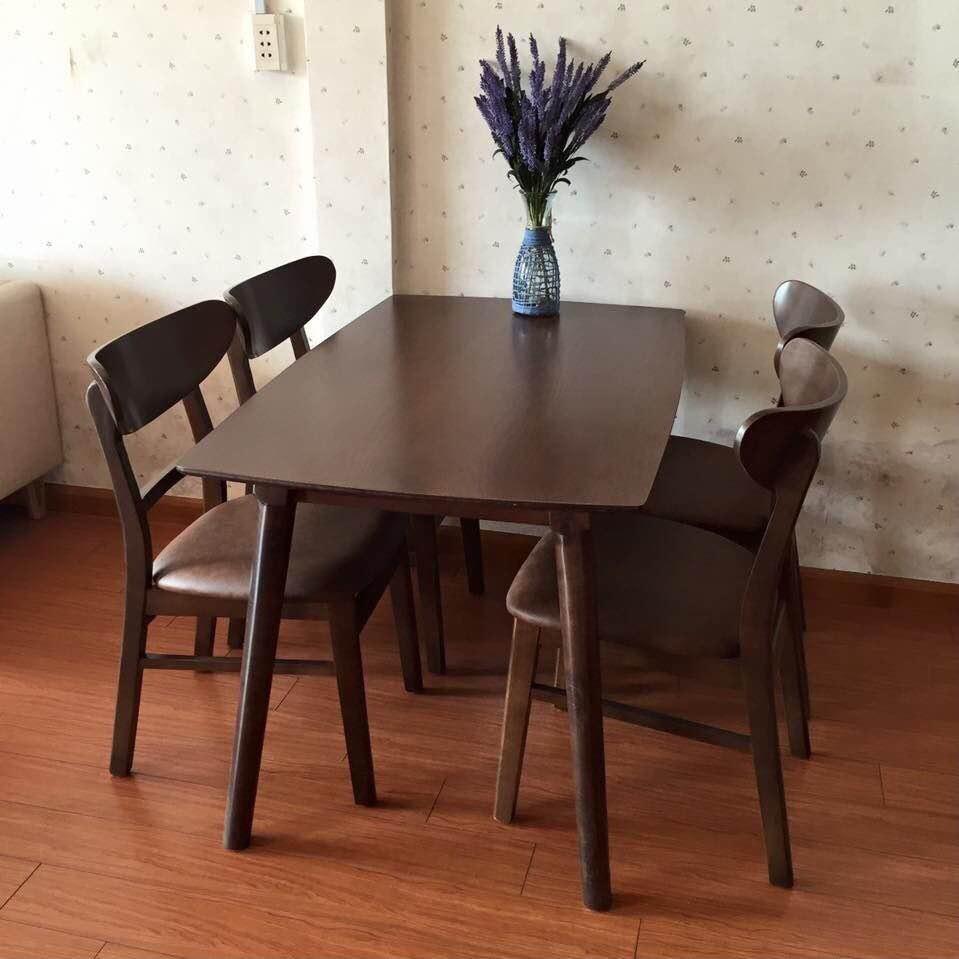 Bộ bàn ăn nhỏ 4 ghế MANGO