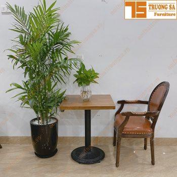Bàn cafe vuông chân gang TS522