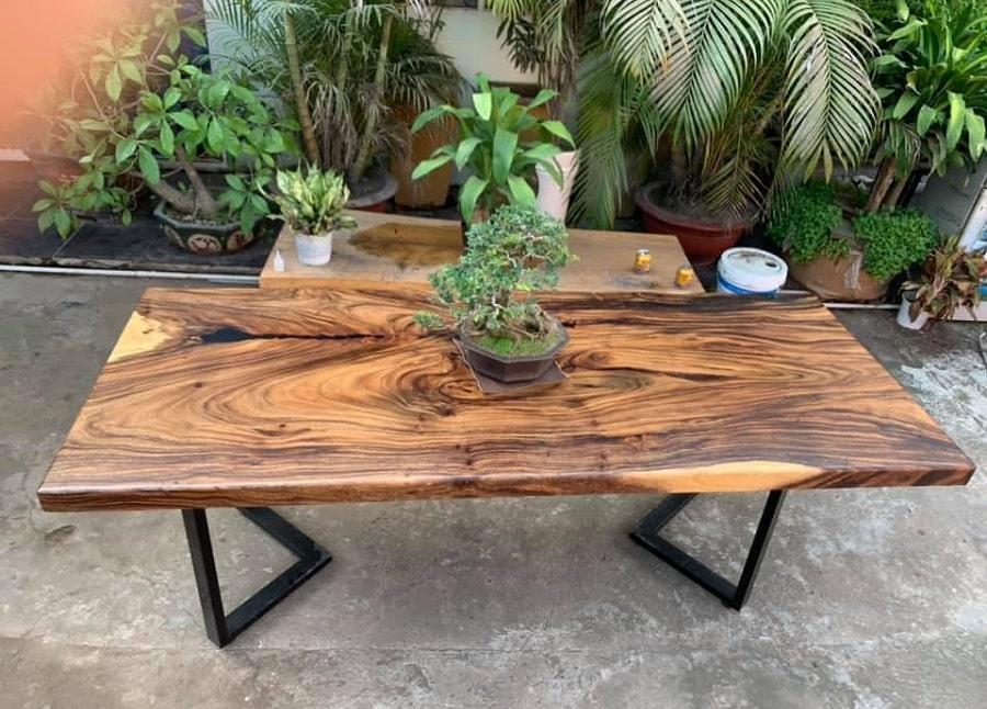 bàn làm việc gỗ nguyên tấm TS135