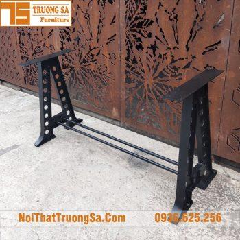 Chân bàn sắt mỹ thuật TS606