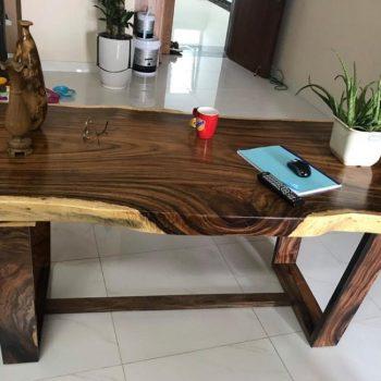 bàn làm việc gỗ nguyên tấm TS132